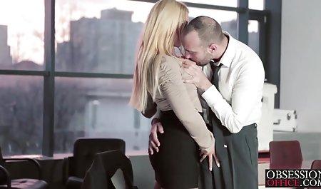 Аріель гаряча блондинка підліток fucking себе чеське прно з допомогою ділдо