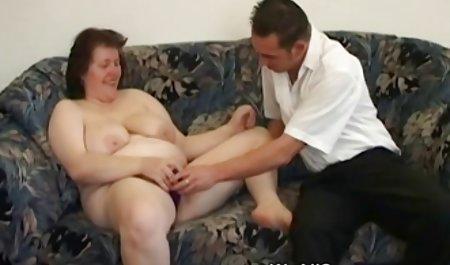 Вітчим дисциплін Роуз Чи секс з чеським масажистом