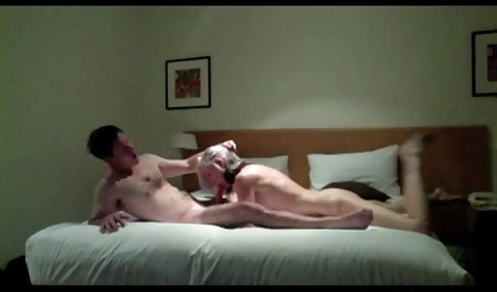 Еббі хрест-гола, на дивані, попка порно чеські дівчата