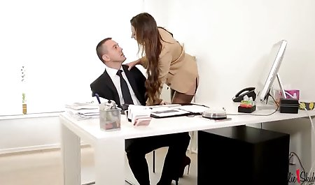 Поверх порно чеської них етом частка жорсткий півень в грі