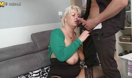 Джеймс чеські пікапери порно протаранив жорсткий на дивані краще