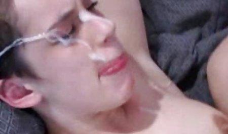 Зріла жінка секс за гроші чеське дражнить її.