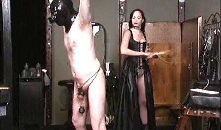 Флора Роджерс хвилі Янкі фаллоімітатор порно анал чеське в її киска